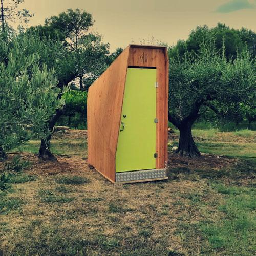 toilette sèche vip dans la nature