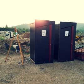 toilettes sèches pour un chantier de travaux