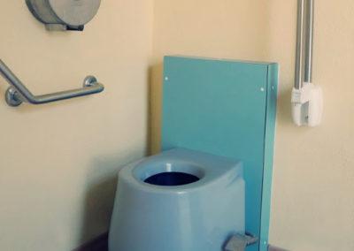 Toilettes sèches en intérieur pour un domaine viticole