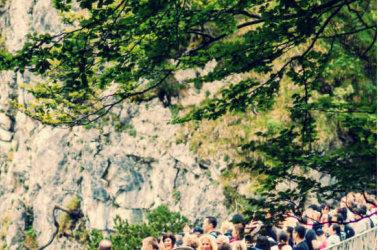 Augmentation de la fréquentation touristique: nos solutions saisonnières pour gérer le flux!