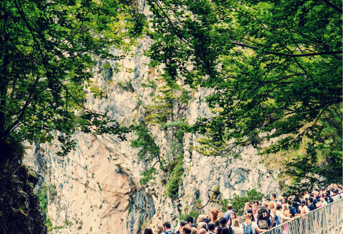 surfrequentation touristique montagne